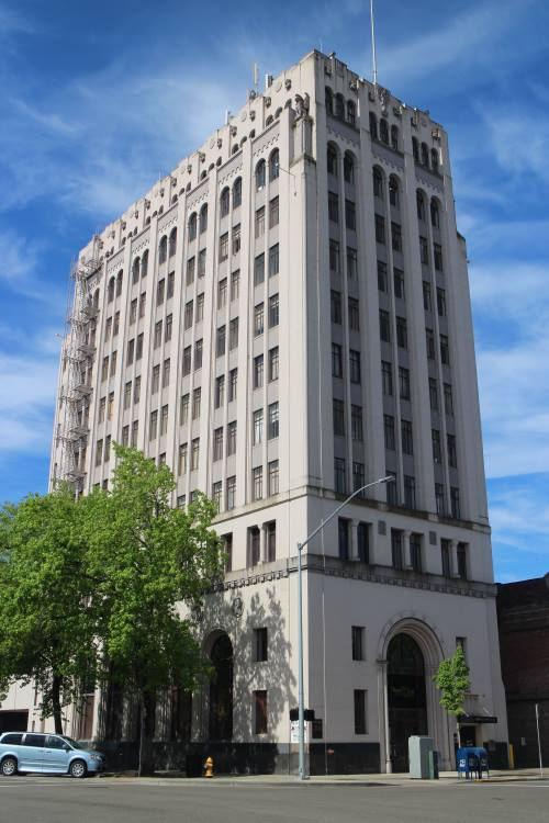 Capitol Center Salem Oregon Office Building